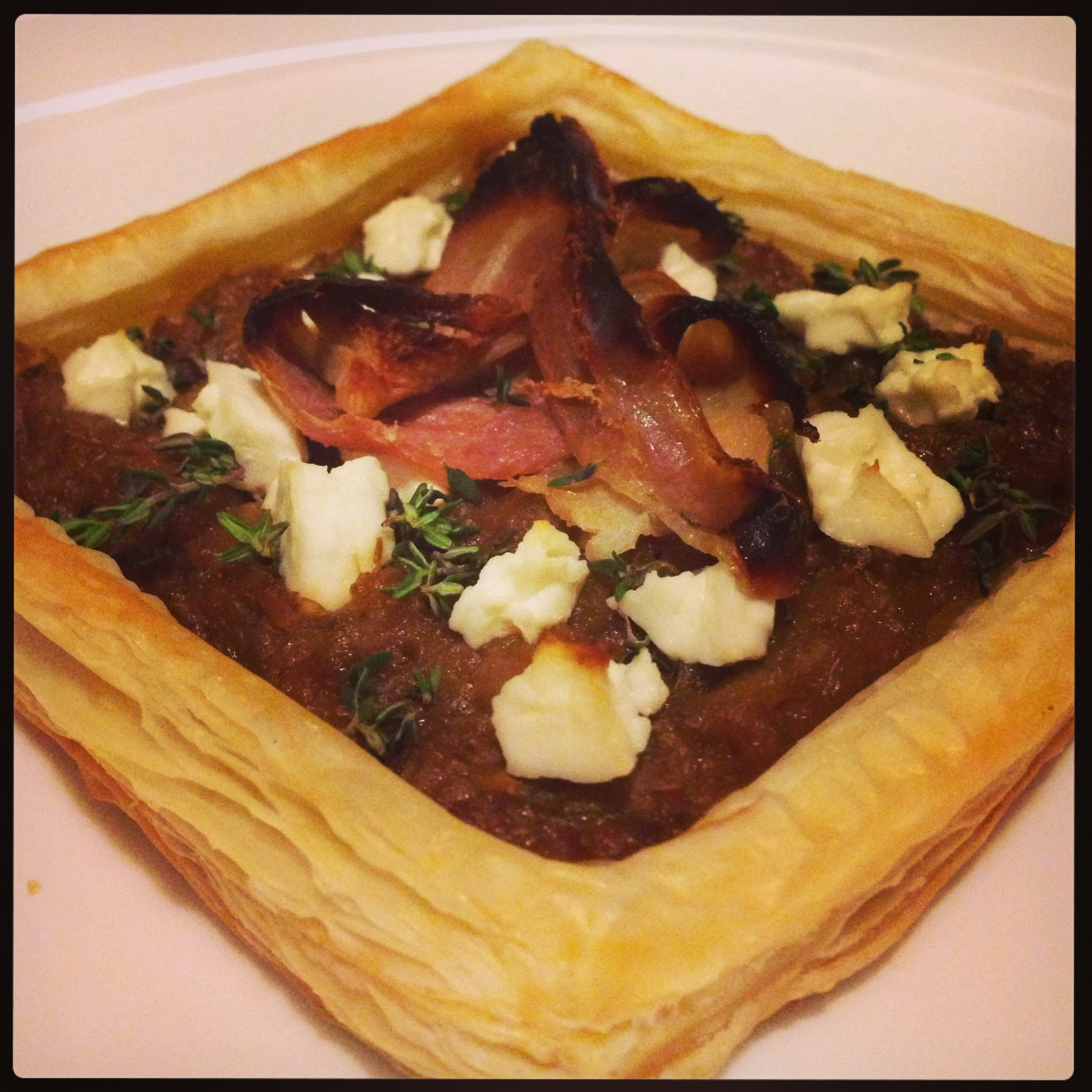 Caramelised leek tart with goat cheese, thyme and bacon ...