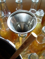 Bottling lemon cordial