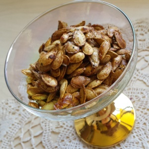 Honey spiced pumpkin seeds