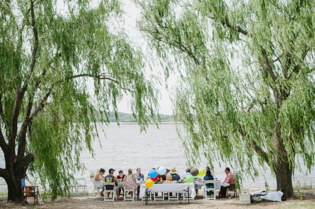 Potter Picnic Party at Yarralumla Bay (photo by Pobke Photography)